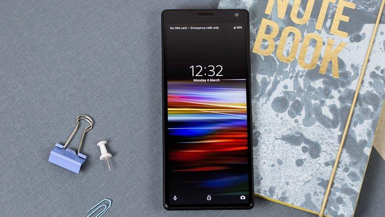 Sony-Xperia-10_03-w782