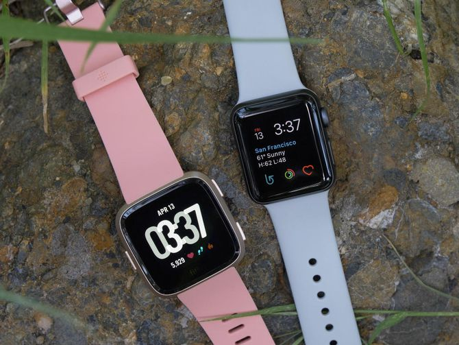 fitbit-apple-watch-2