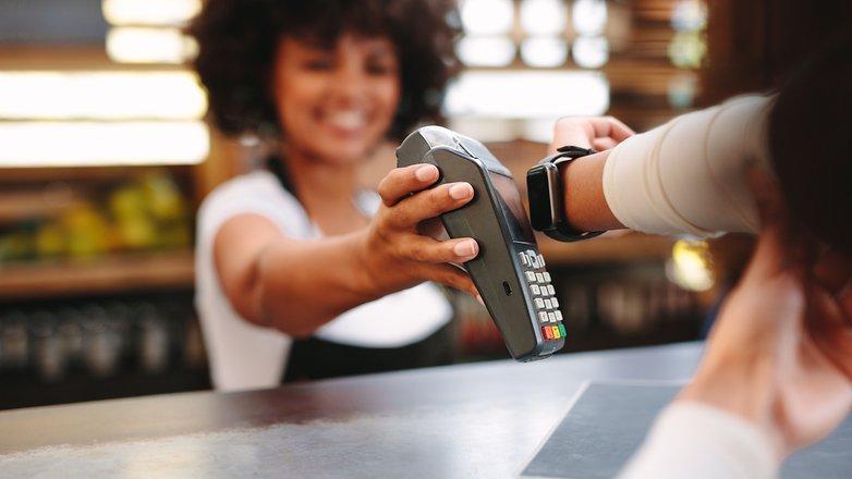 smartwatch-payment_02-w782