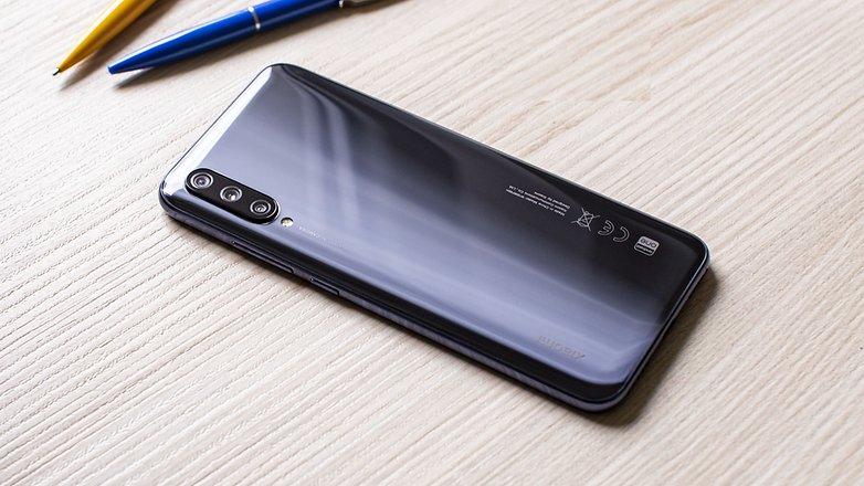 compact smartphone