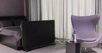 LG, 침대 바닥을 감싸는 투명 OLED TV 컨셉 발표